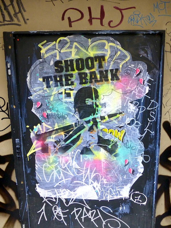 shoot the bank street art paris pow